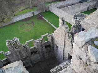 14_JPC_WEB_Edinburgh_Craigmillar_127
